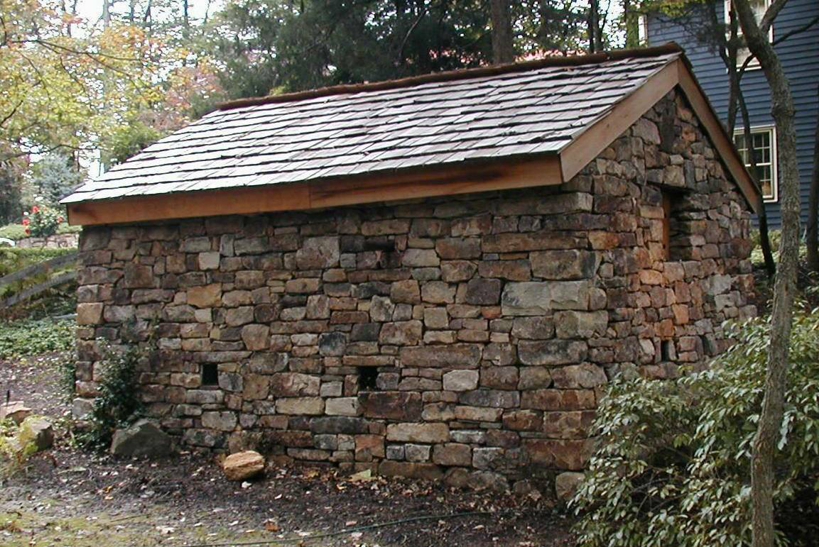 Delaware quarries inc walnut hill fieldstone for Building a stone house